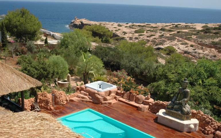 Exotic 14 bedroom house for sale in Cap Martinet