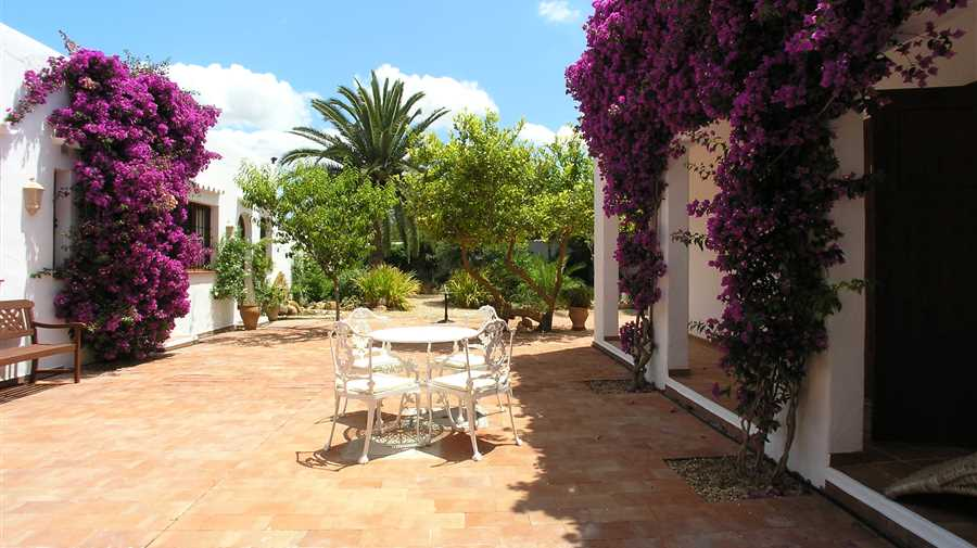 Beautiful house in quiet location in San Augustin