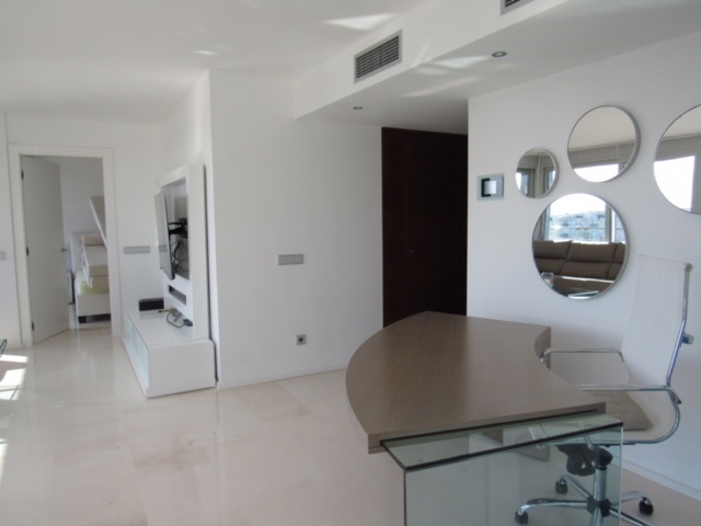 Magnificent Penthouse in Marina Botafoch