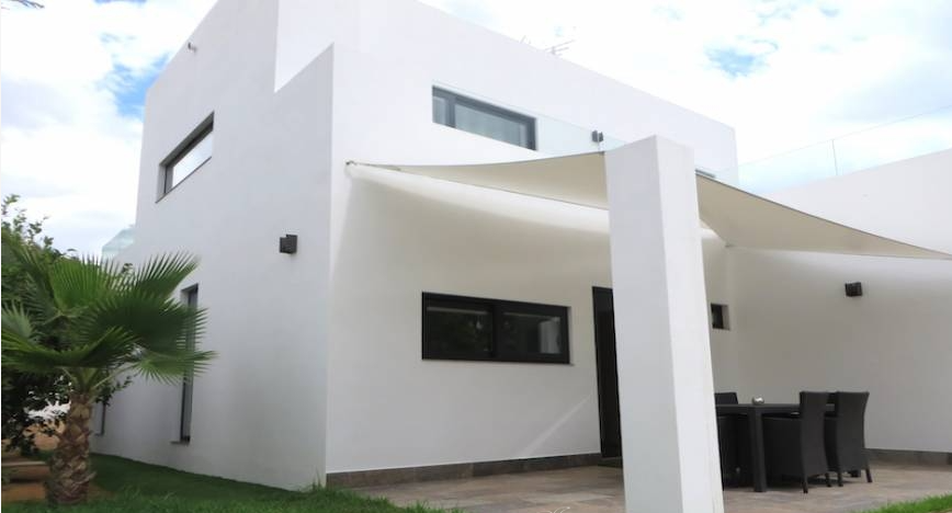 Modern house in Cala Longa for sale