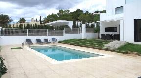 Modern house in Cala Longa for sale