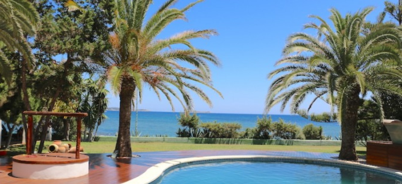 Villa with direct sea access in Siesta Ibiza