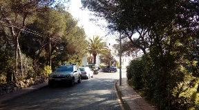 Nice plot near to the beach with views for sale