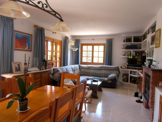 Cozy family house for sale in Ibiza
