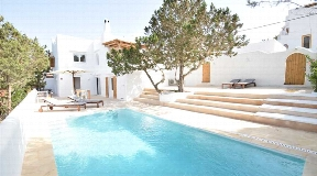 Large house for sale in Cala Vadella