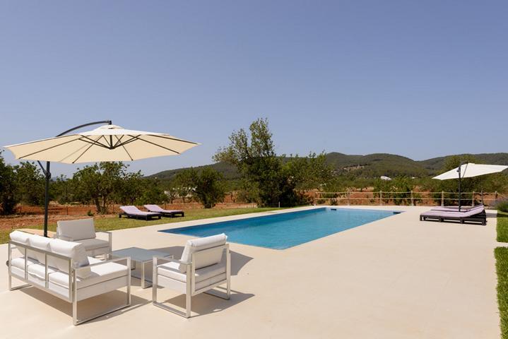 Modern luxury villa in Santa Gertrudis