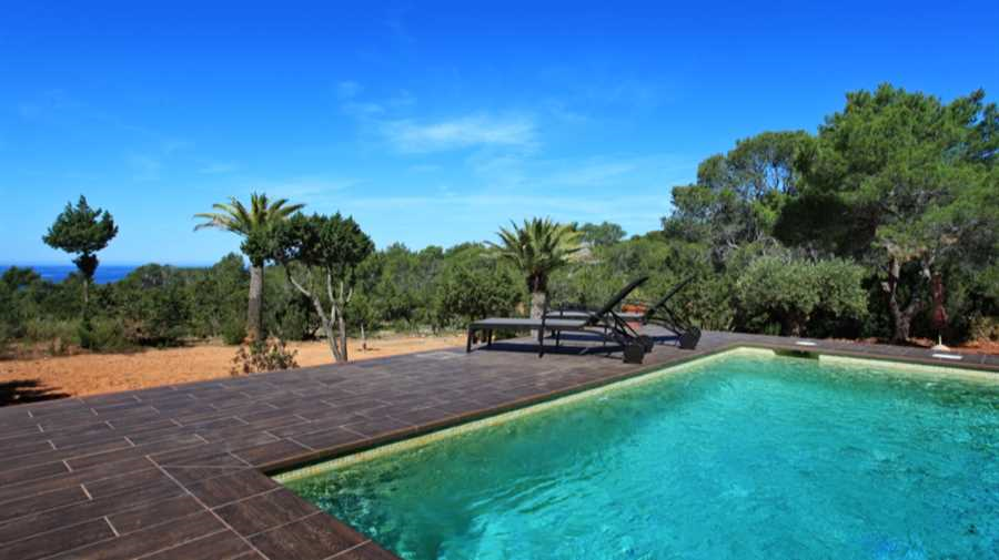 Villa with sea views Cala Tarida