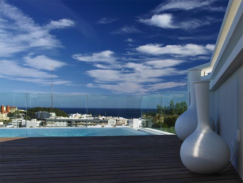 House on Ibiza - Santa Eulalia overlooking the sea and sunset