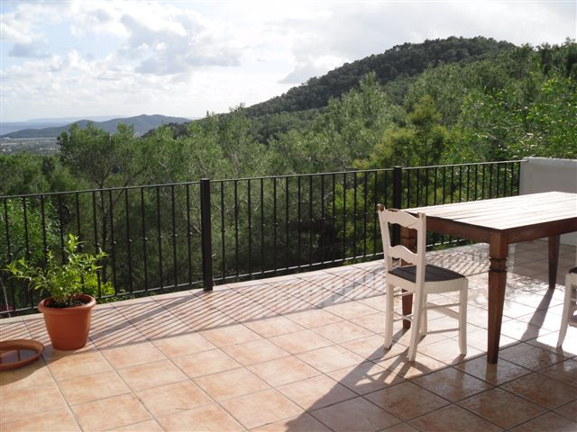 Charming house in a quiet location with fantastic sea view in Ibiza