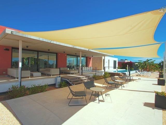 Exclusive private villa in Ibiza with city and sea views
