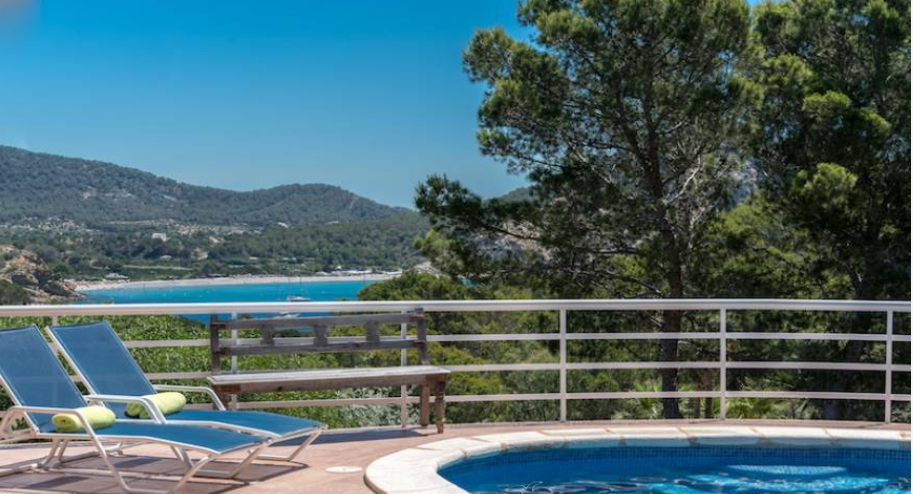 Nice villa with fantastic views in Es Porroig