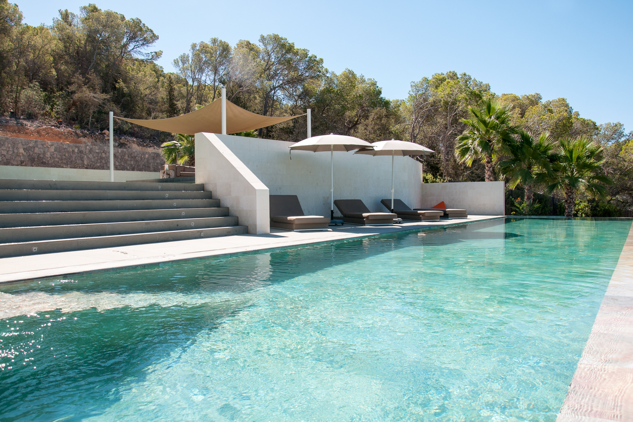 Exceptional newly built villa with superb views upon Cala Jondal
