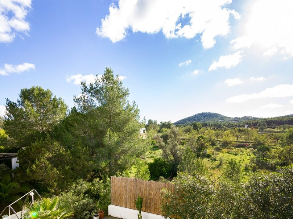Finca for sale close to Santa Eularia and Ibiza