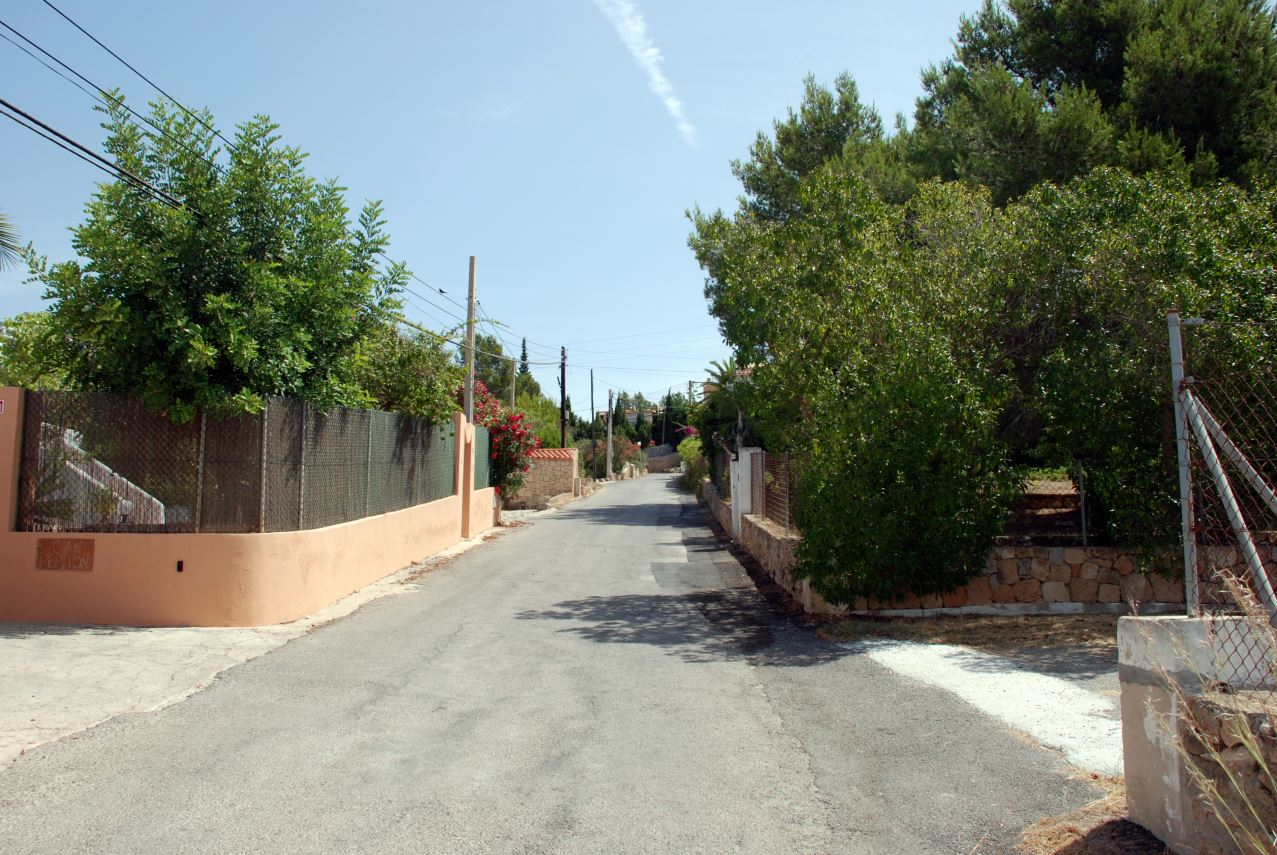 Urban plot of 1035 m2 in Cap Martinet / Ibiza