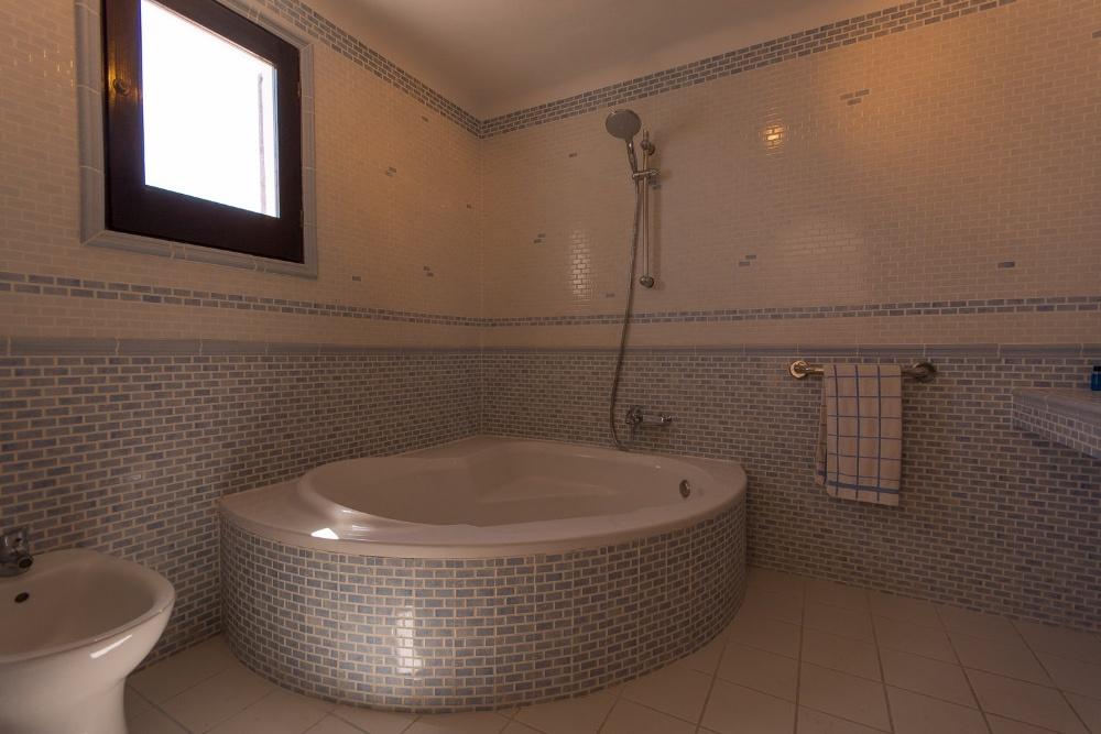 Real estate in Ibiza - Es Cubells 1st sea line and sea access