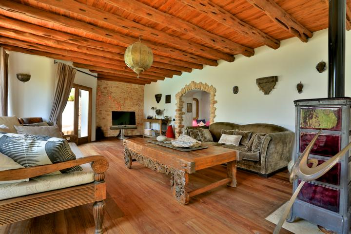 Spectacular finca located less than one kilometer from Santa Eularia