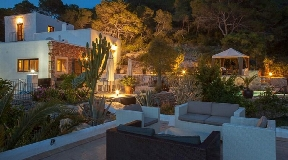 Traditional real estate in Las Salinas with sea views