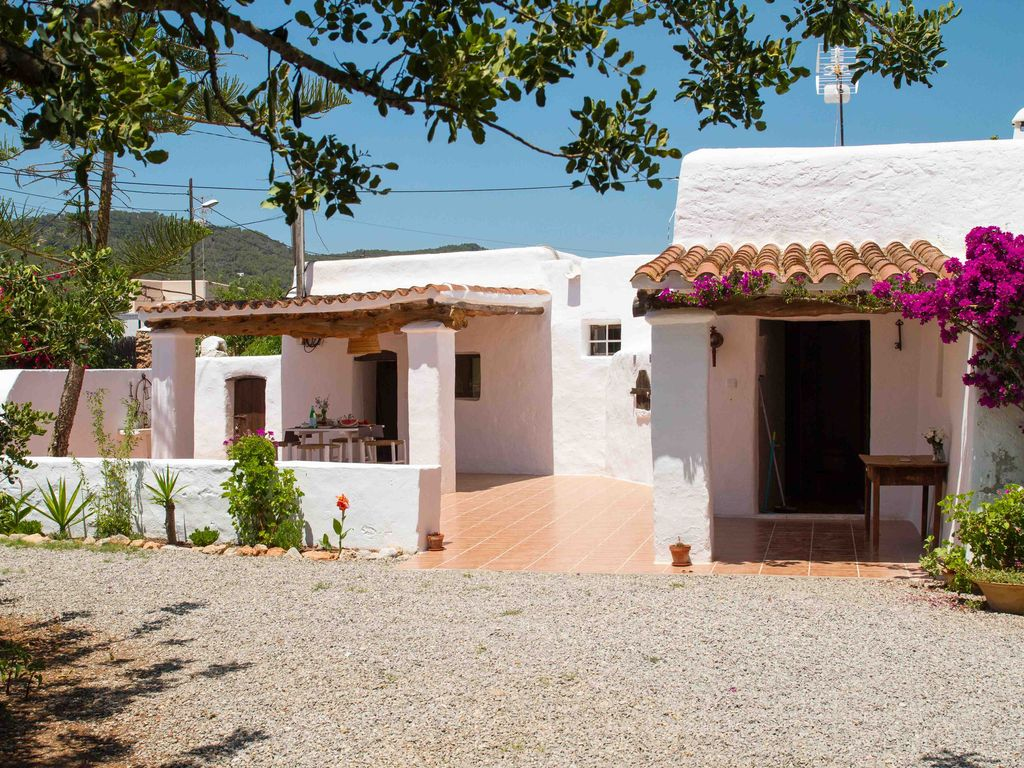 Great newly renovated Casa Payesa for sale
