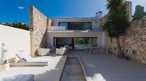 Amazing modern Villa for sale in Roca Llisa