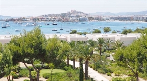 Luxuriously furnished Appartment in Es Pouet