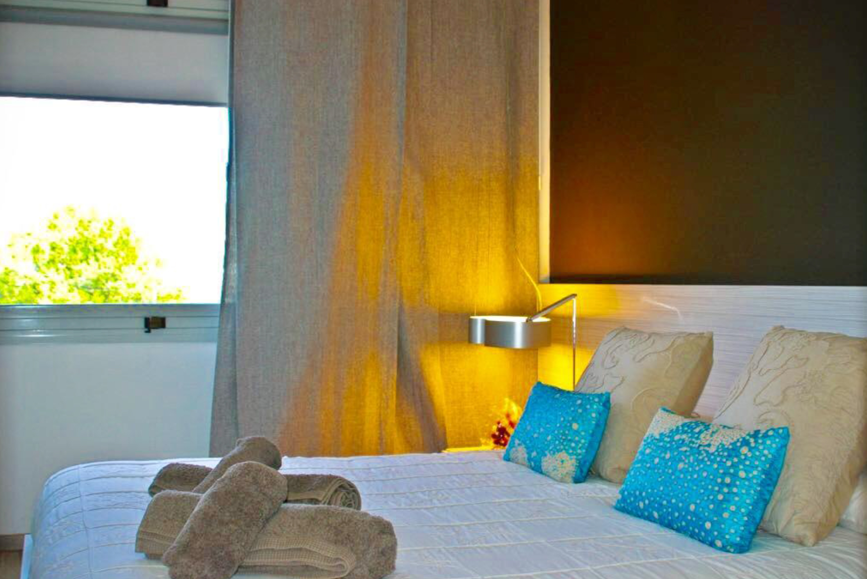 Exceptional apartment on the first line in Marina Botafoch