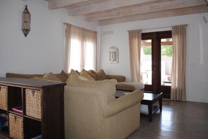 Charming finca in modern style in Cala Tarida