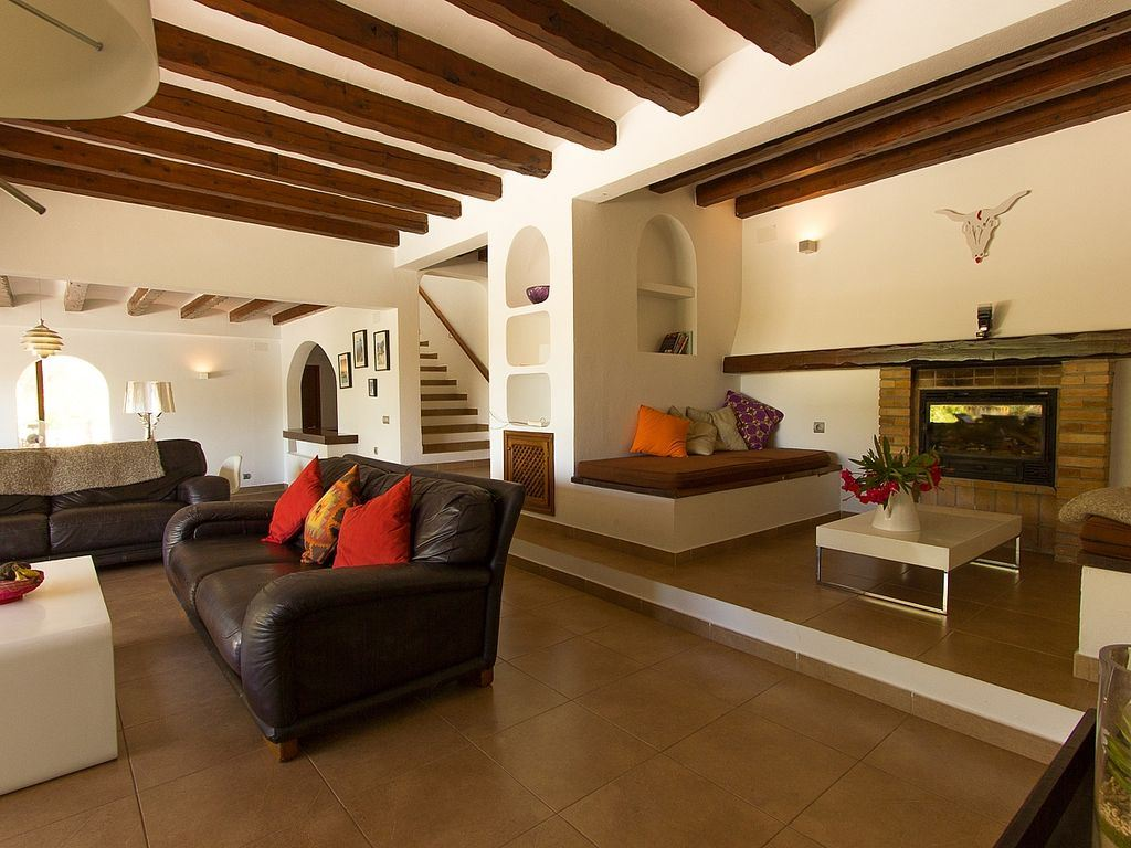 Villa in Santa Eulalia in walking distance to the beach