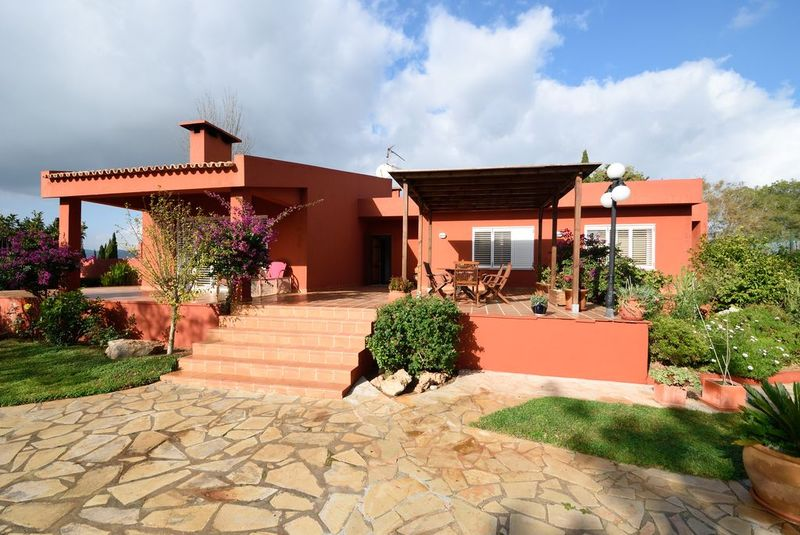 Spacious villa for sale close to Ibiza Town