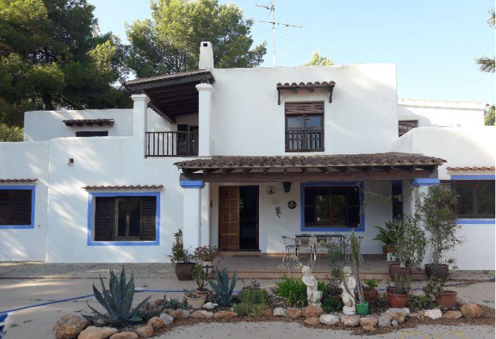 Great opportunity - typical House in Santa Eulalia