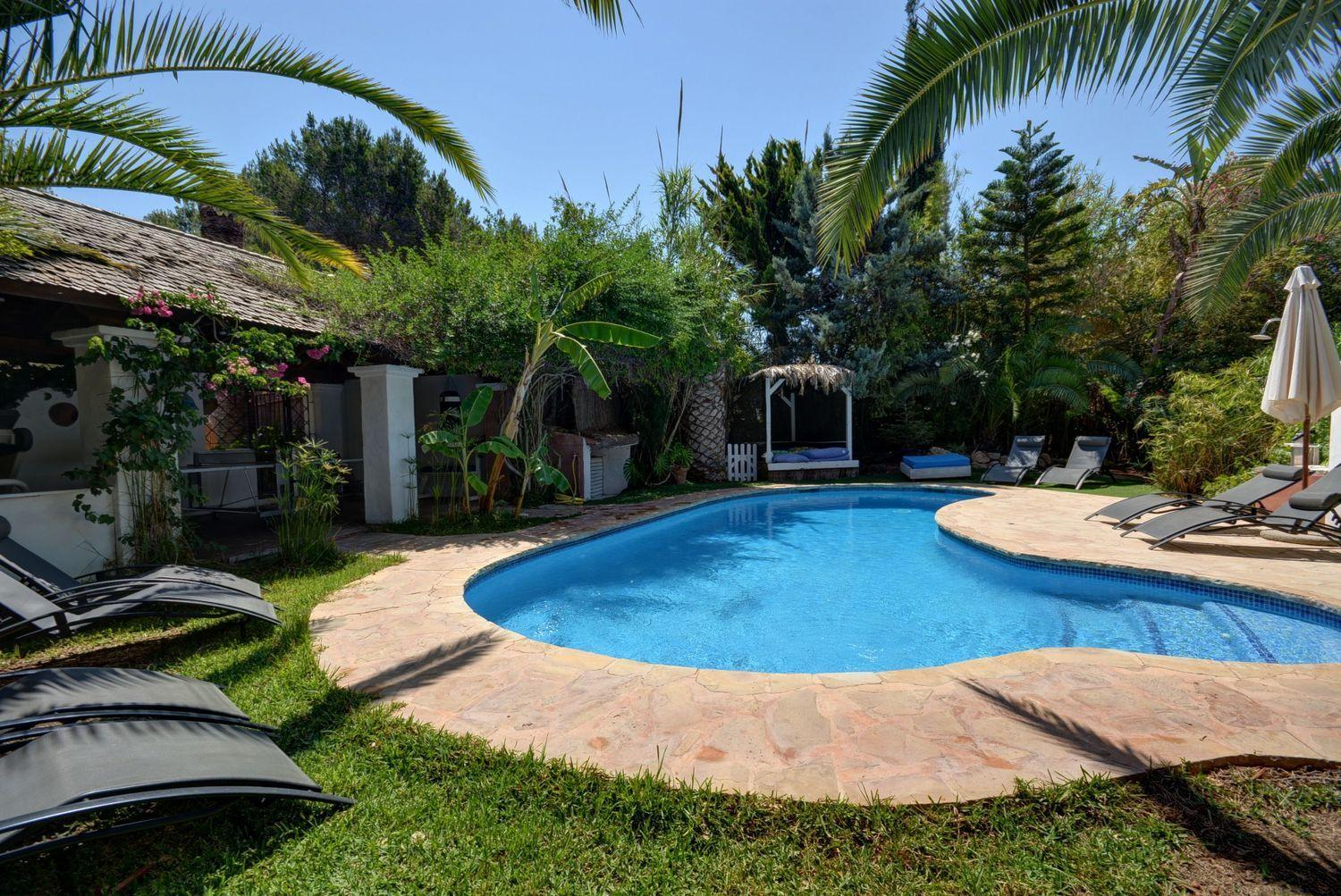 Fantastic house located in the charming town of Santa Eulalia