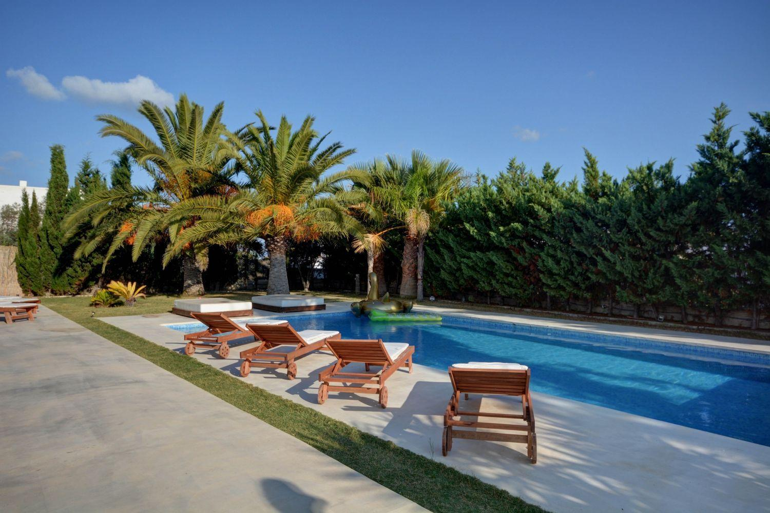 Nice house near Ibiza town with rental license