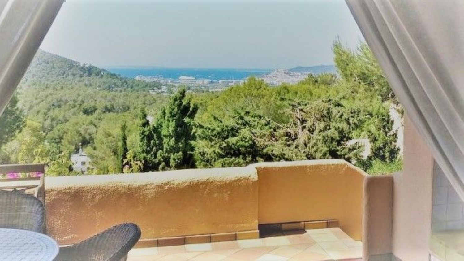 Beautiful renovated villa with amazing sea views in Can Furnet