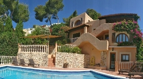 Beautiful renovated villa in Can Furnet with touristic license