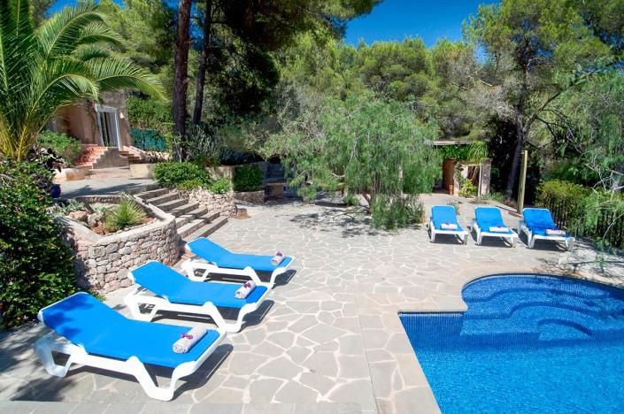 Villa only a few minutes from Ibiza town for sale