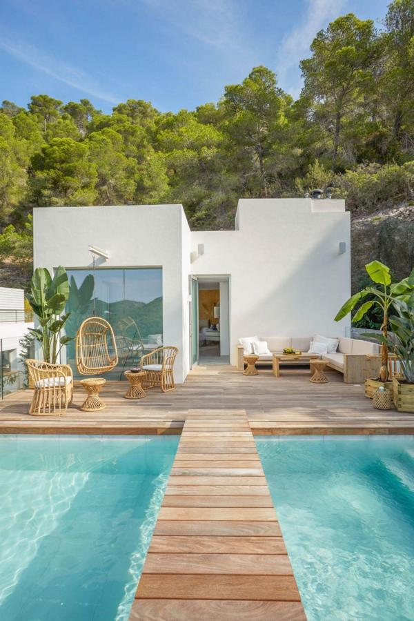 Beautiful luxury villa near the beach in Ibiza Cala llonga