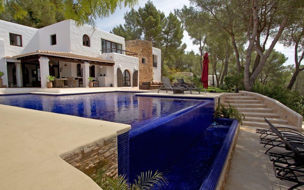 beautiful finca for sale in ibiza near to san lorenzo ibiza. Black Bedroom Furniture Sets. Home Design Ideas