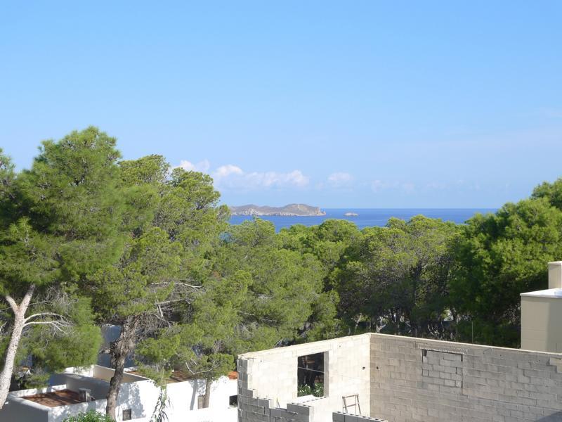 Large villa for sale in Cala Vadella