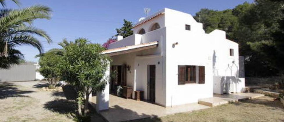 Detached house or villa for sale in Salinas Ibiza