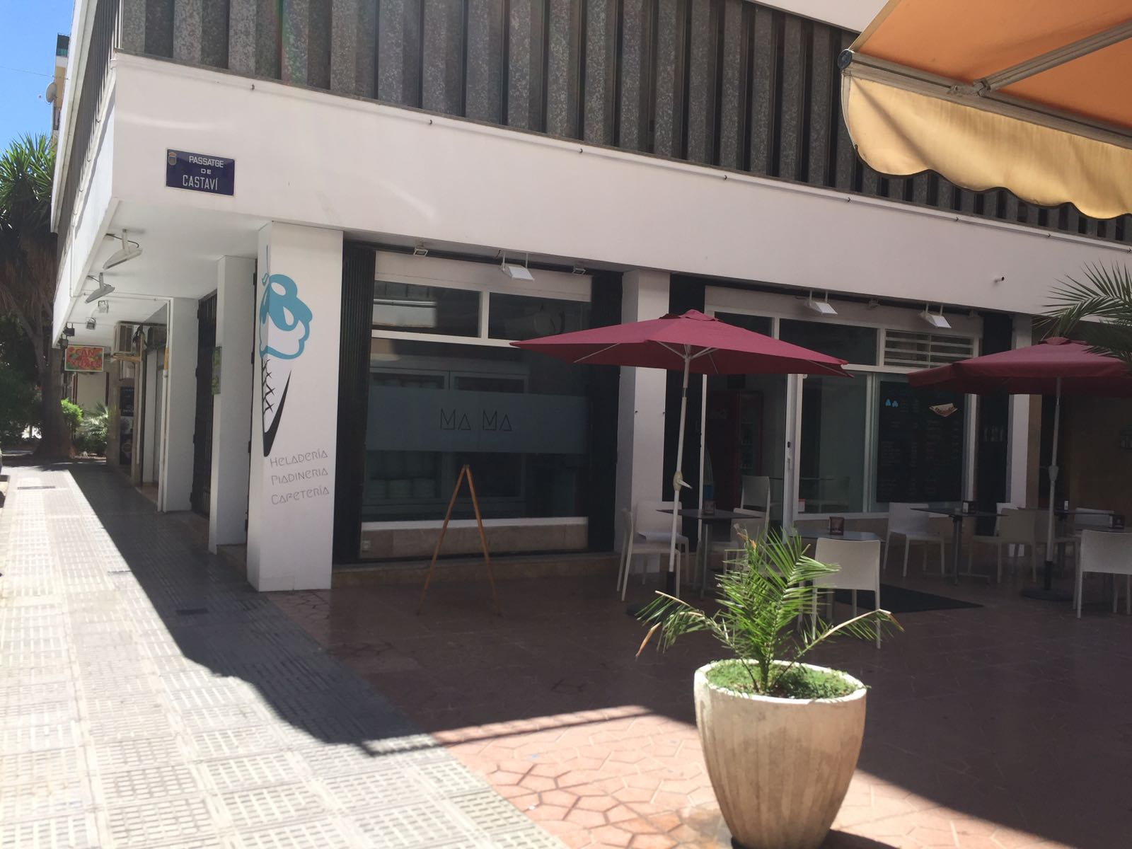Traspaso of an Ice Cream Shop in the Centre of Ibiza