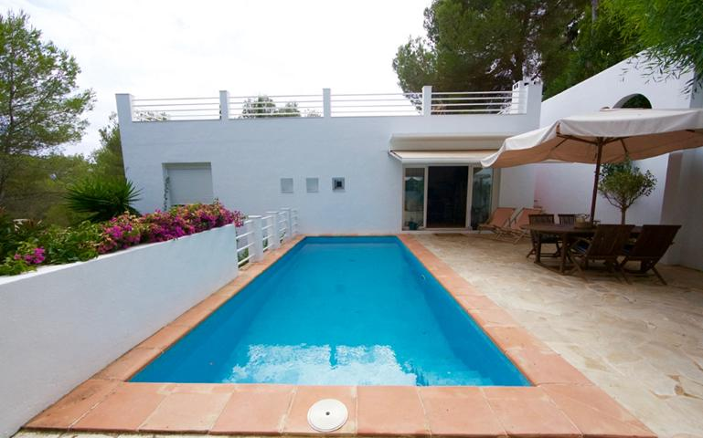House for sale in Can Furnet with private pool