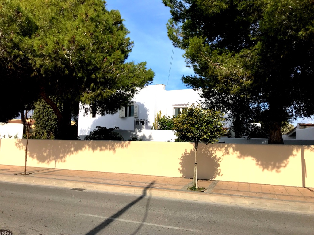 Charming house in Cala de Bou only 350 meters from the sandy beach