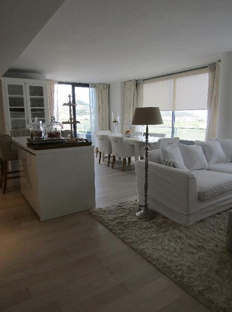 Very nice apartment with 117 m2 with views to the sea