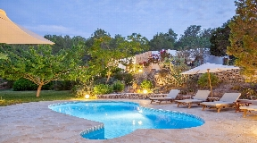 Very nice finca with dream views in Benimussa with wonderful garden