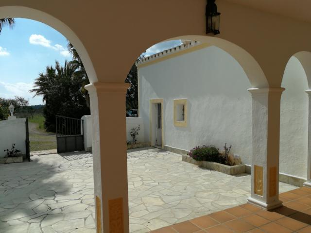 Old finca with 40.600 m2 land in the area Santa Eulalia