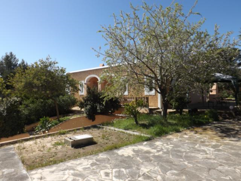 Very nice house in one of the most beautiful areas of Ibiza