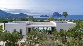 A stunning villa.....unique in Ibiza ... Cala Carbo