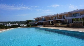 House for sale in Cala Tarida with nice views