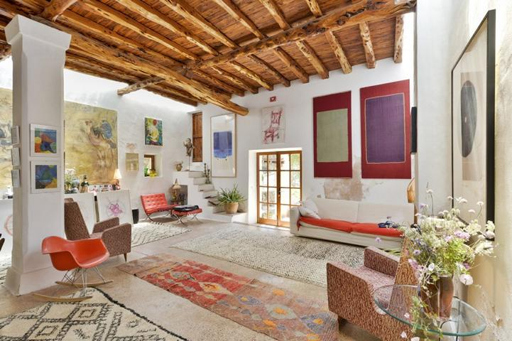 Authentic Ibizan finca located in rural area between Jesús and Sta. Eulalia