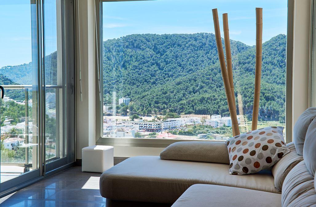 Modern house for sale in Cala Llonga - Ibiza