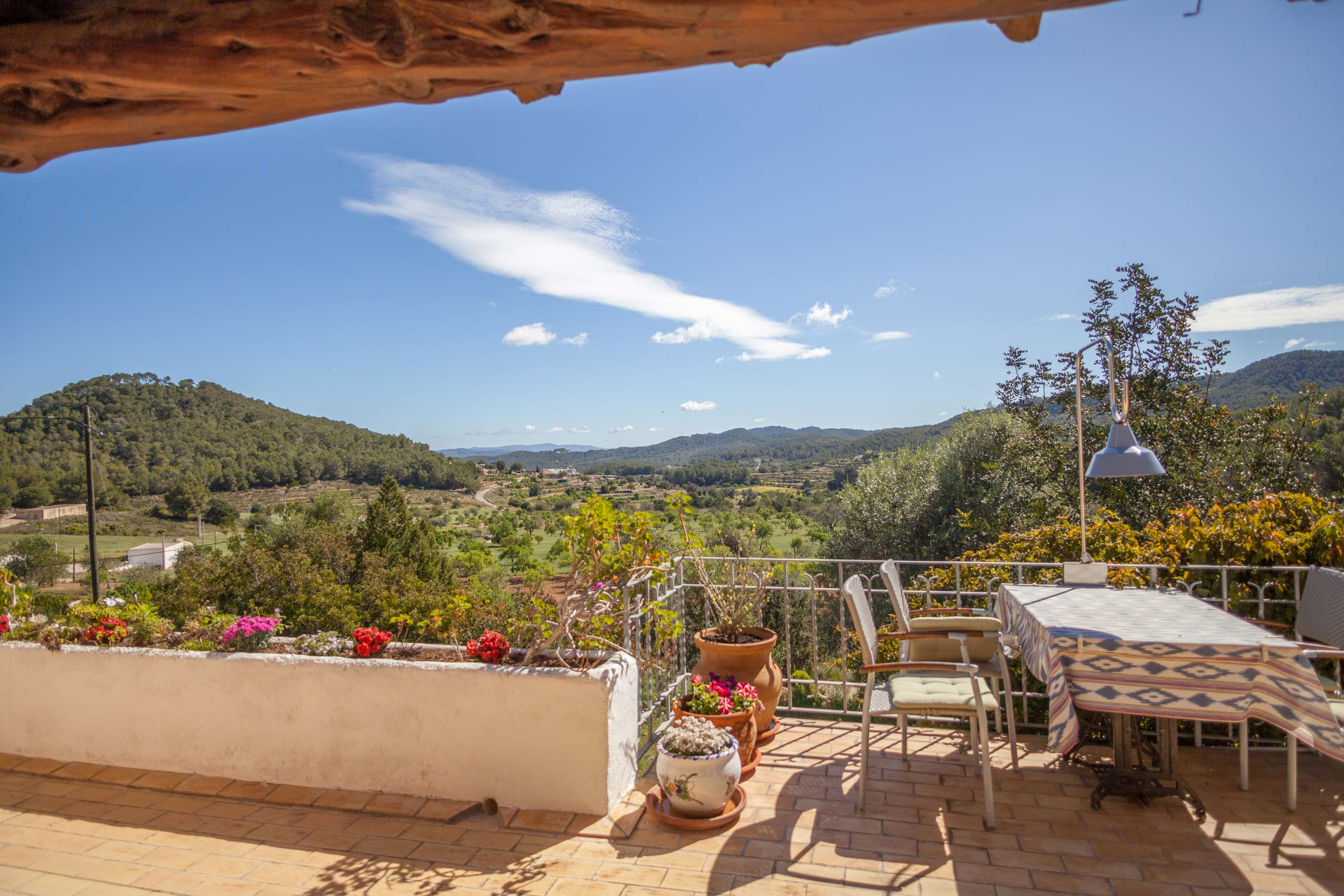 Charmeuse Ibiza property in a splendid verdant landscape near San José for sale